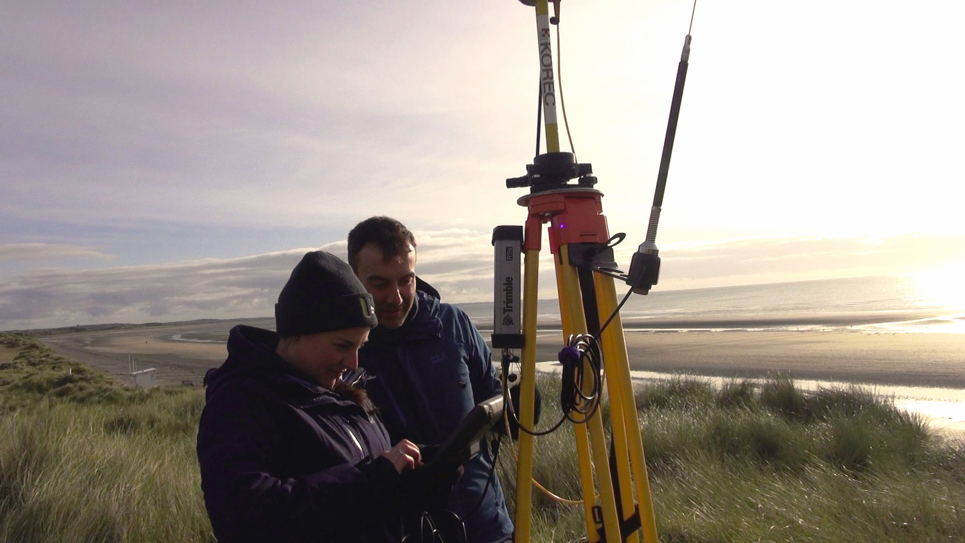 Drs Melanie Biausque and Edoardo Grottoli from Ulster University setting up a GPS base station.